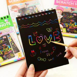 10st Nöje DIY Doodling Scratch Painting Barn Barn Leksaker