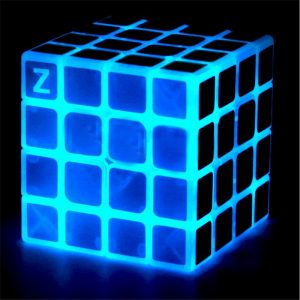 Classic Magic Cube Leksaker 4x4x4 PVC Klistermärke Block Pussel Speed ​​Cube Dark Luminous