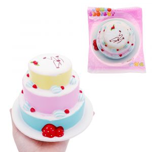 Strawberry Cake Squishy 15 * 10cm långsammare med Packaging Collection Present Soft Toy