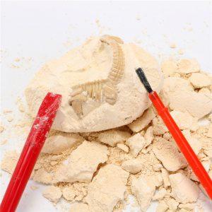 1PC DIY Dinosaur Ägg Grävning Fossiler Grävning Leksaker För barns Education Party Novelties Present