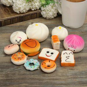 12st Random Squishy Mjukt Bröd / Donut / Bullar Telefonband