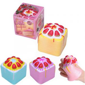 2st Vlampo Squishy Jumbo Strawberry Cup Cake Cube Licensierad Slow Rising With Packaging