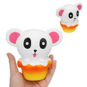 Bear Cake Squishy 11 * 12,5 * 8cm långsammare biltoon Present Collection Soft Toy