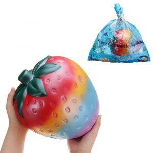 Enorma Jordgubb Squishy 26 * 22cm Giant Fruit Långsam Rising Soft Toy Gift Collection med förpackning