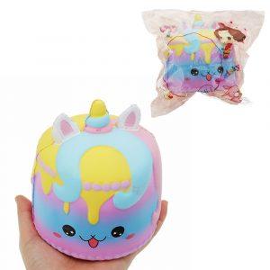 Crown Cake Squishy 11,4 * 12,6cm Kawaii Söt Mjukt Långsam Rising Toy biltoon Presentsamling Med Förpackning