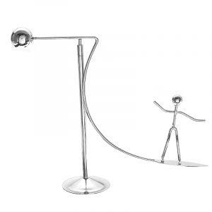 Newtons Cradle Metal Dynamic Balancing Instrument Docka Man Figurmodell