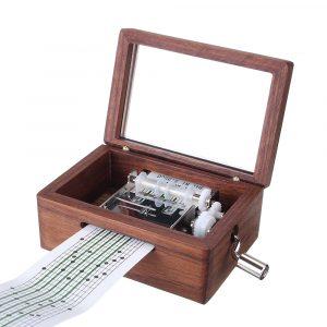 15 Tone DIY handskruvad valnötfanérmusiklåda med hålpuncher 30st pappersband