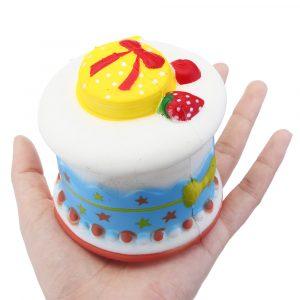 Strawberry Cream Cake Squishy 8 * 8cm Jumbo Långsam Rising Rebound Leksaker Med Packaging Present Collection