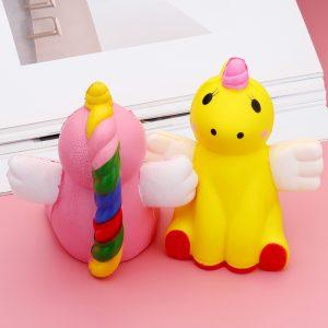 Flying Dog Fox Squishy 11 * 10 CM Långsam Rising Toy Soft Gift Collection