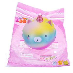 Gullig mjuk Rainbow Unicorn Whale Jordgubb Squishy Charm Dekompression Gåva Toy