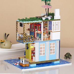 iiE SKAPA DIY Dockhus K-038 Sea Post Station Miniatyr Inredning med Cover Music Movement Gift Decor Leksaker
