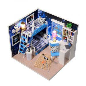 iiecreate Q-005 Dream of Sky DIY Dockhus med möbler Ljus Musik Cover Gift House Collection