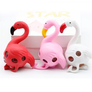 Flamingos Rainbow Squeeze Ball Stress Relief Toy Roliga Pärlor Toy Slumpmässig Färg