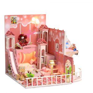 iiecreate k-029 Dream Childhood DIY Dockhus Med Möbler Lätt Cover Gift Toy