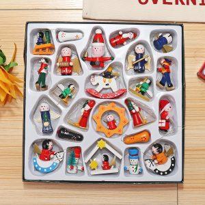 24 st traditionella trä julgran dekorationer hem hängande leksaker set